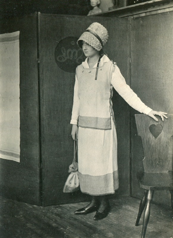 Maude Rhodes outfit